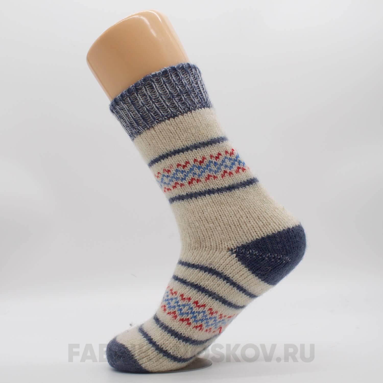 Женские шерстяные носки с орнаментом и полосами