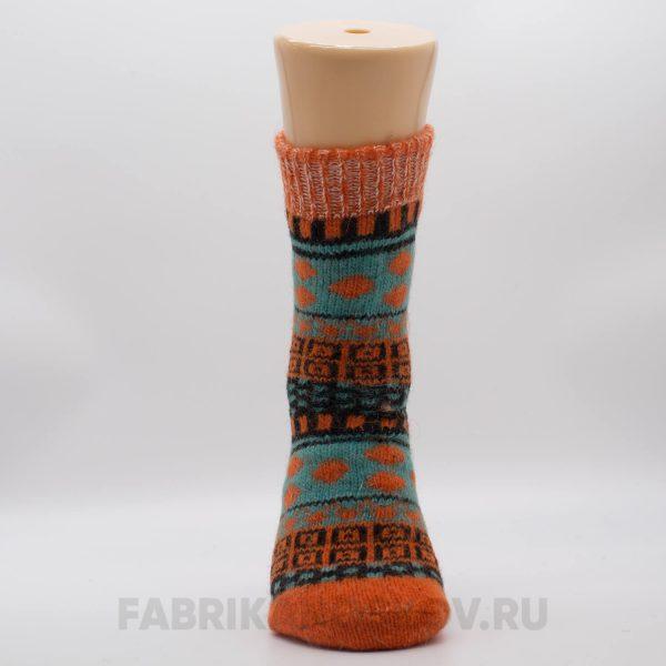 Женские шерстяные носки с полосками и орнаментом