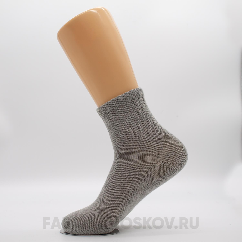 Мужские короткие носки с космонавтом