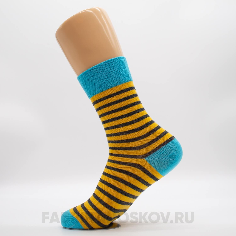 Женские носки с тонкими полосами