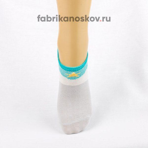 Короткие детские носки с изображением звезды